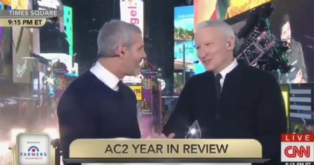 anderson cooper new years eve 2020